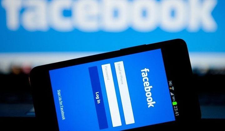 cuop-khach-facebook
